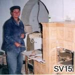 SV15 - Kachliar Ján Špirec   Pri stavbe sporáka